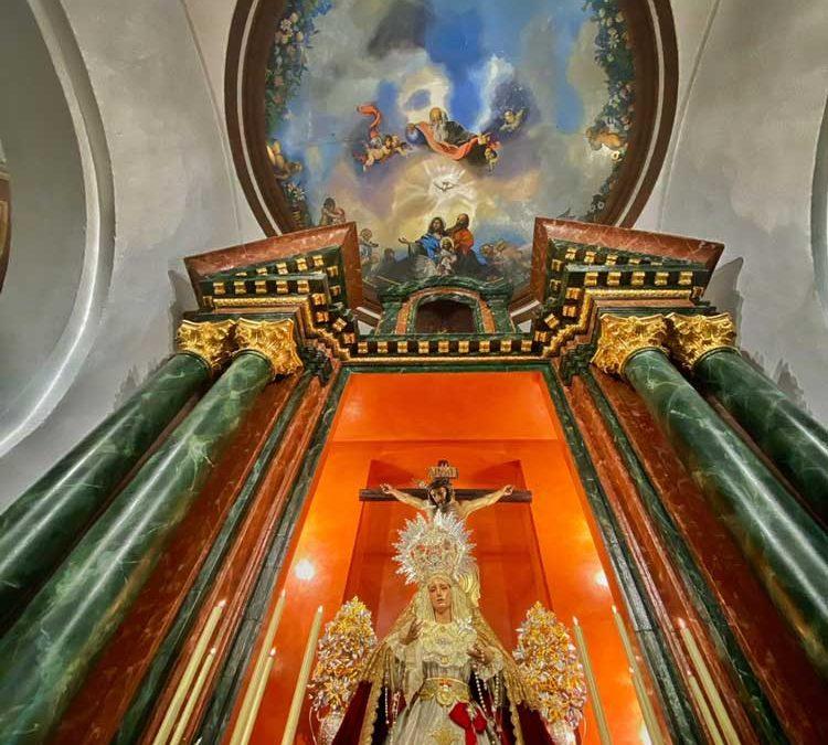 José Luis López cede una nueva imagen a la Parroquia de Ubrique